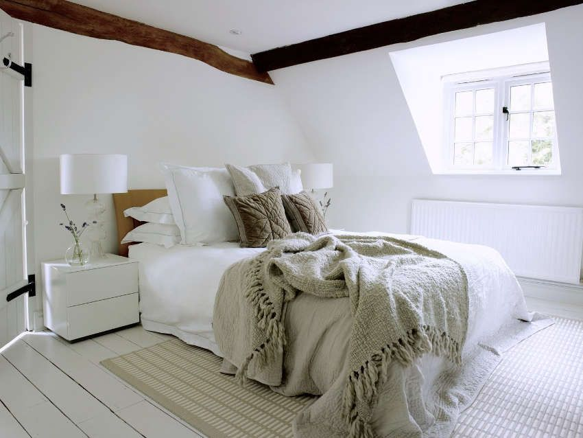 1560234223 531 try a minimalist bedroom design for less stress and a good nights sleep - Try a Minimalist Bedroom Design for Less Stress and a Good Night's Sleep