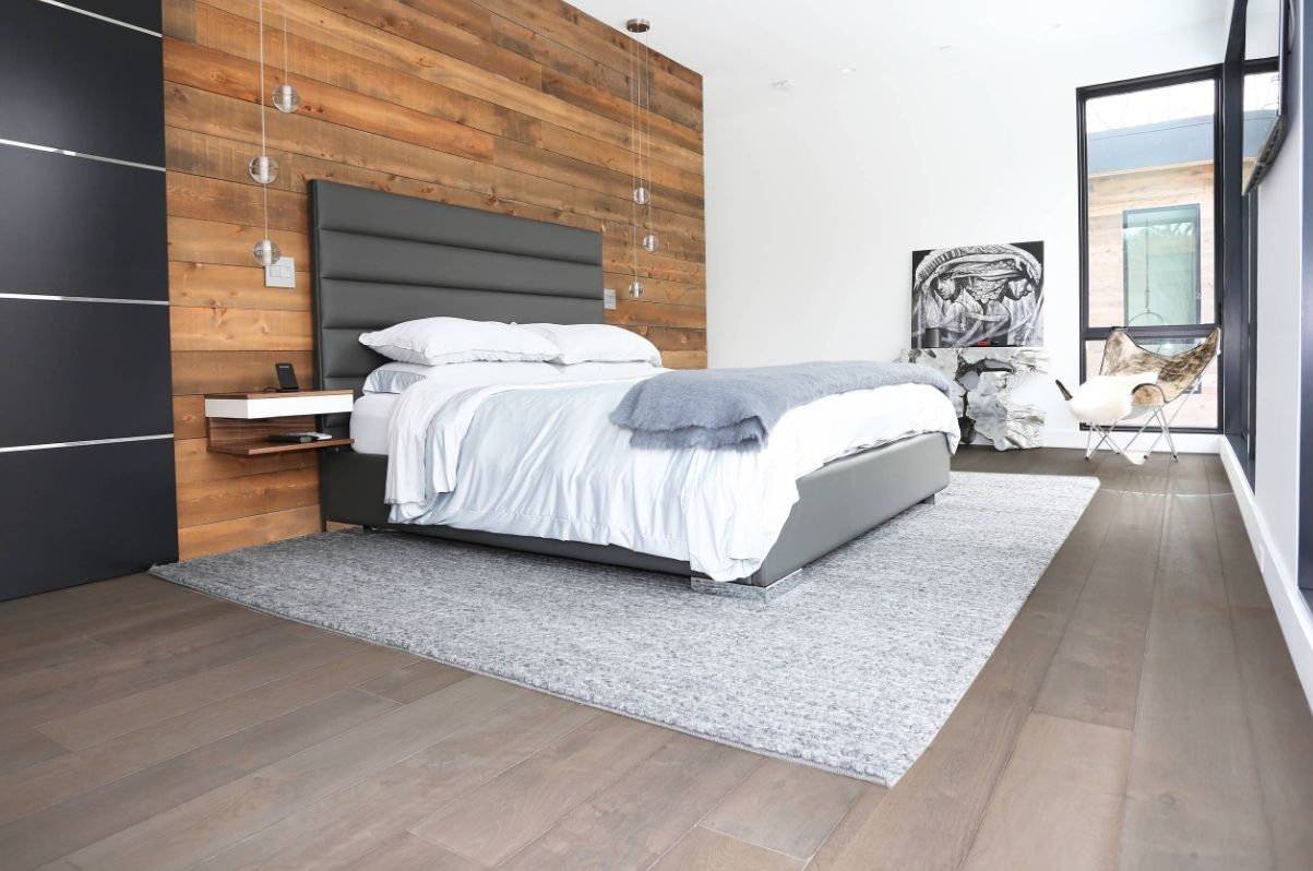 1560234224 903 try a minimalist bedroom design for less stress and a good nights sleep - Try a Minimalist Bedroom Design for Less Stress and a Good Night's Sleep