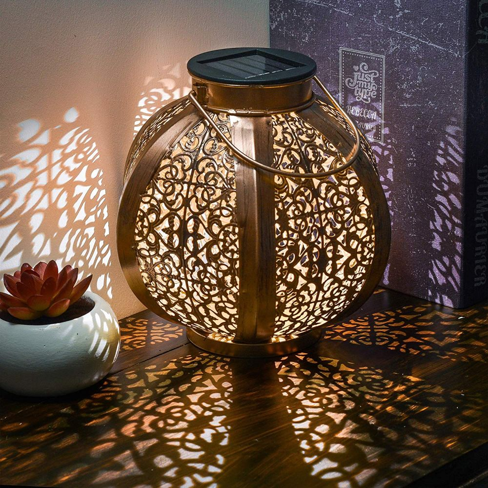1560499823 956 15 beautiful outdoor lanterns to brighten up your evenings - 15 Beautiful Outdoor Lanterns To Brighten Up Your Evenings