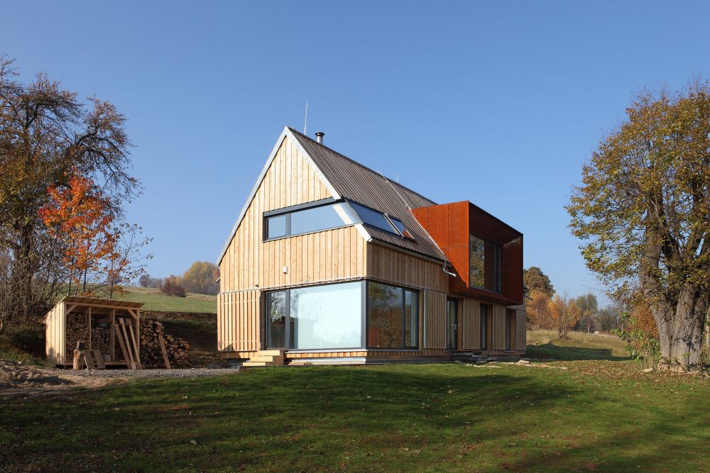 1560511770 898 cool minimalist homes made from wood that sync with nature - Cool Minimalist Homes Made From Wood That Sync With Nature