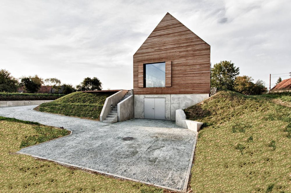 1560511772 23 cool minimalist homes made from wood that sync with nature - Cool Minimalist Homes Made From Wood That Sync With Nature