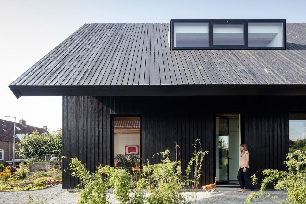 1560511772 29 cool minimalist homes made from wood that sync with nature - Cool Minimalist Homes Made From Wood That Sync With Nature