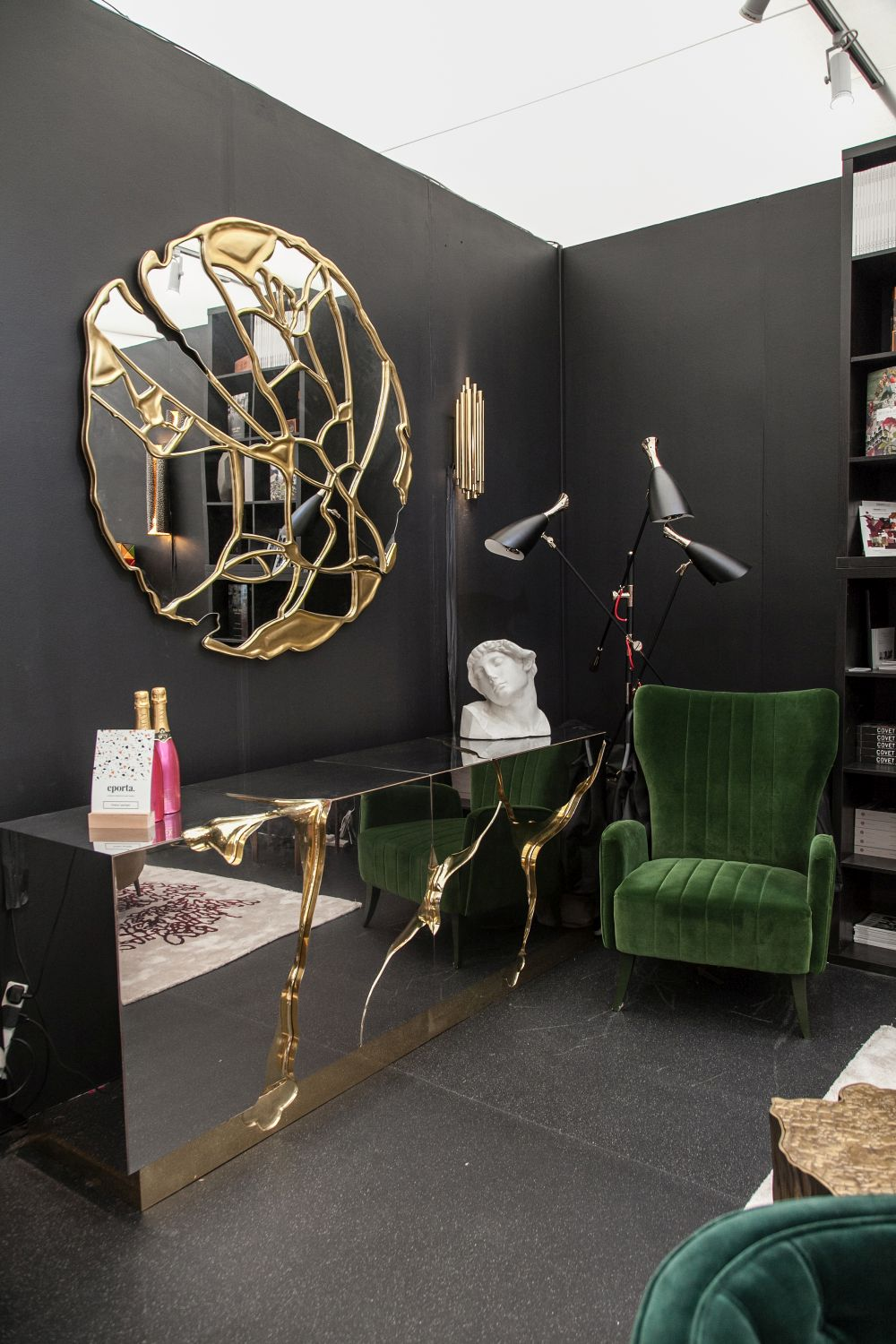 1560941273 535 fun wall designs to turn a blank space into a terrific decor element - Fun Wall Designs To Turn a Blank Space into a Terrific Decor Element