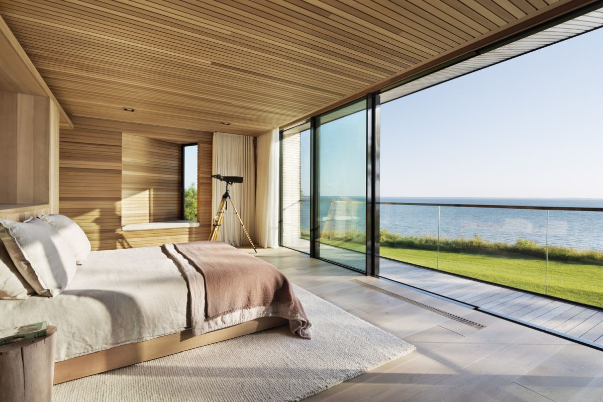 1561104968 425 swoon worthy homes in hamptons that work with the natural landscape - Swoon-Worthy Homes in Hamptons That Work With the Natural Landscape