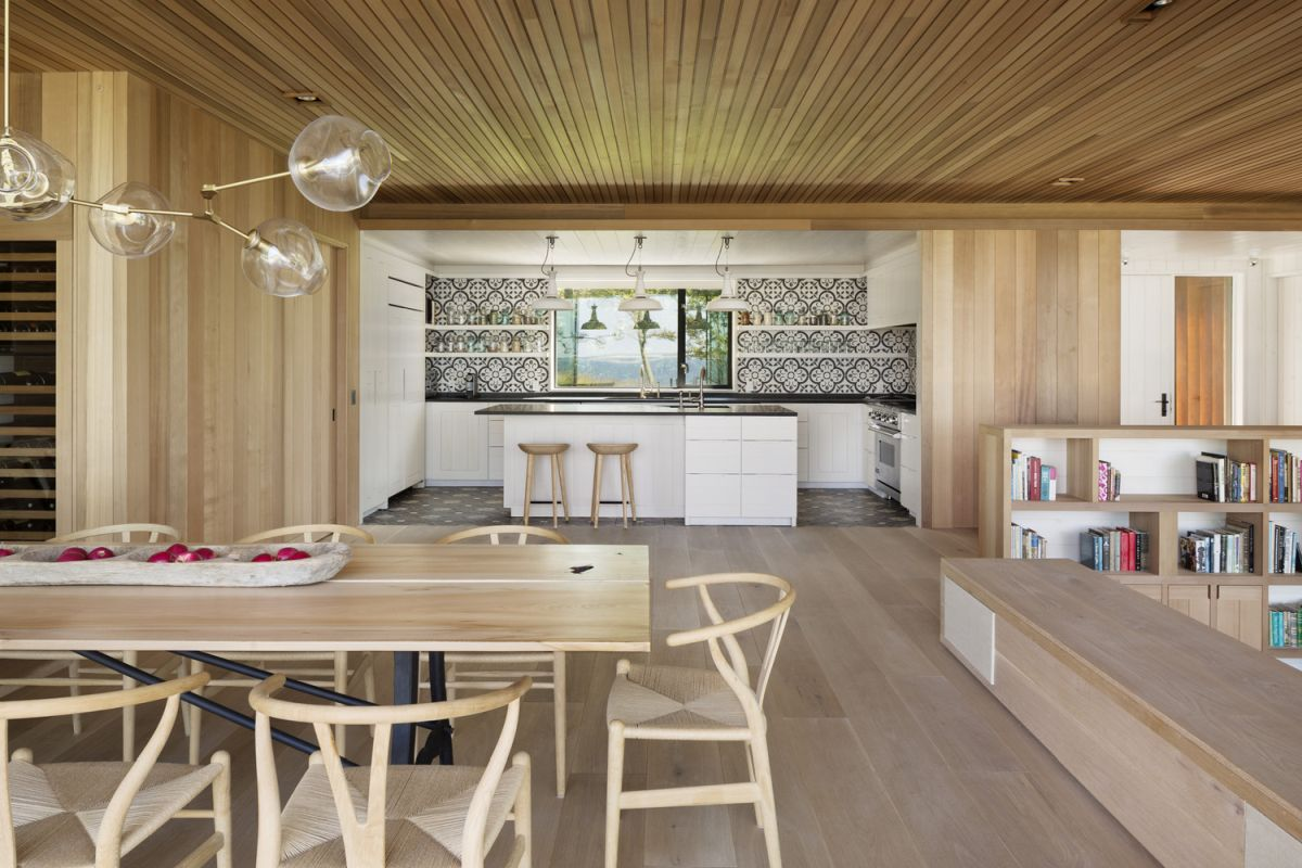1561104968 43 swoon worthy homes in hamptons that work with the natural landscape - Swoon-Worthy Homes in Hamptons That Work With the Natural Landscape