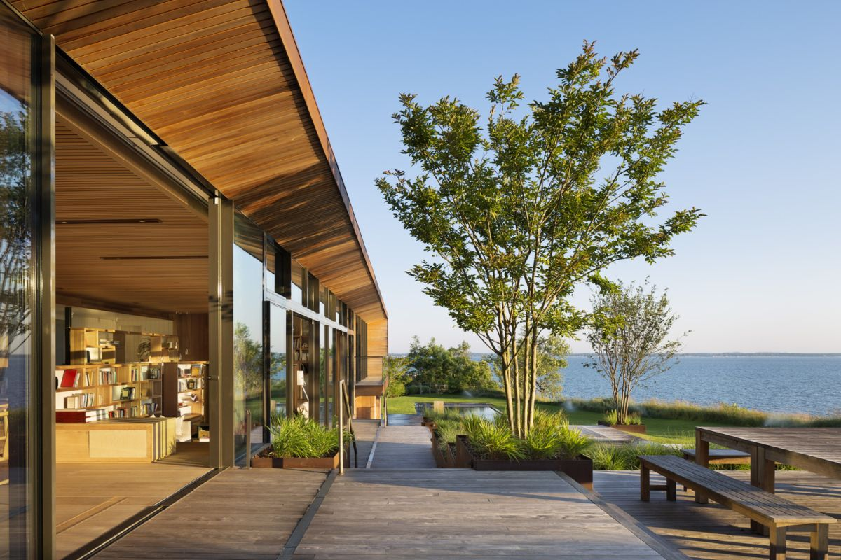 1561104968 742 swoon worthy homes in hamptons that work with the natural landscape - Swoon-Worthy Homes in Hamptons That Work With the Natural Landscape
