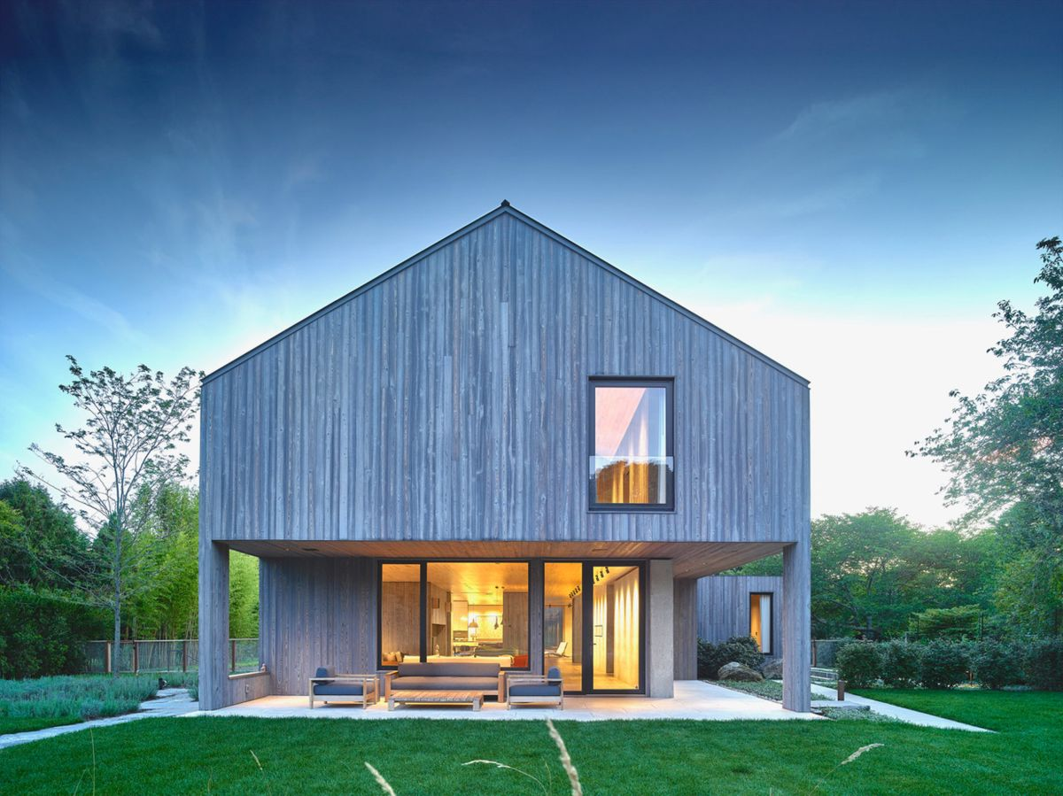 1561104968 957 swoon worthy homes in hamptons that work with the natural landscape - Swoon-Worthy Homes in Hamptons That Work With the Natural Landscape