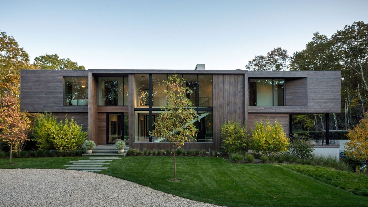 1561104968 969 swoon worthy homes in hamptons that work with the natural landscape - Swoon-Worthy Homes in Hamptons That Work With the Natural Landscape