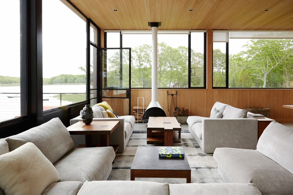 1561104969 112 swoon worthy homes in hamptons that work with the natural landscape - Swoon-Worthy Homes in Hamptons That Work With the Natural Landscape