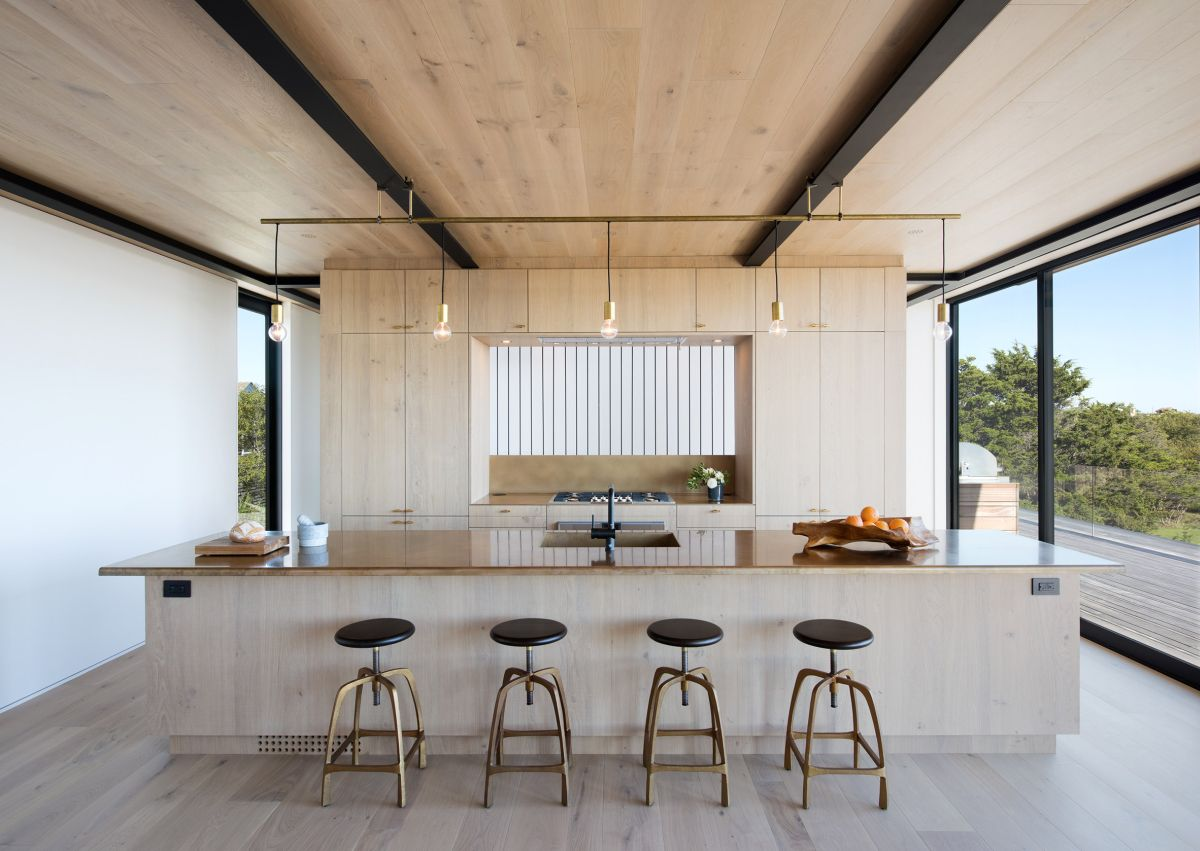 1561104969 171 swoon worthy homes in hamptons that work with the natural landscape - Swoon-Worthy Homes in Hamptons That Work With the Natural Landscape