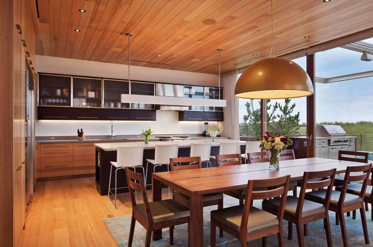 1561104969 30 swoon worthy homes in hamptons that work with the natural landscape - Swoon-Worthy Homes in Hamptons That Work With the Natural Landscape