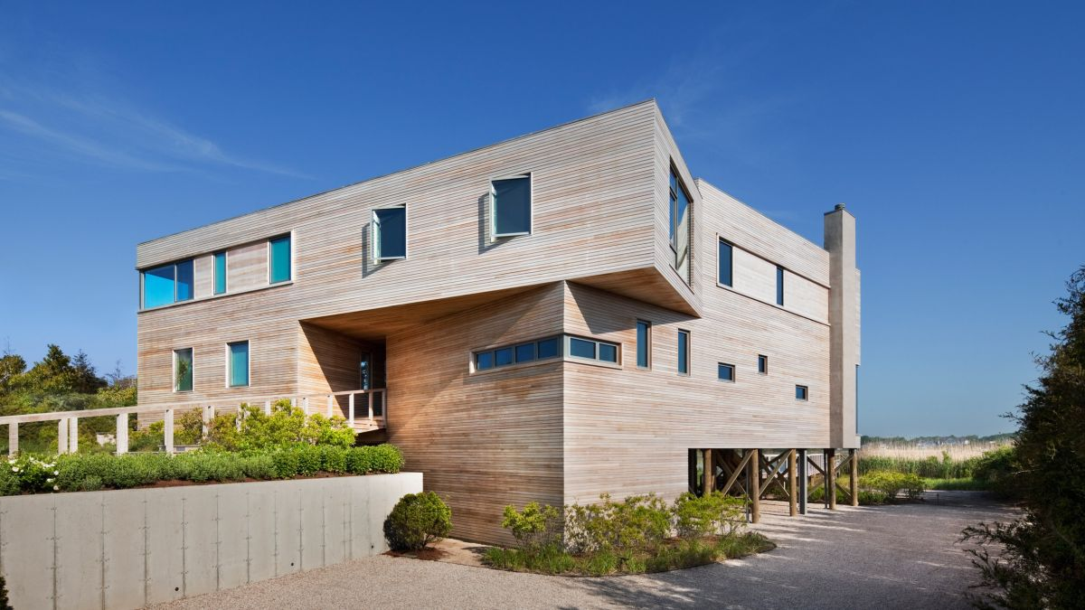 1561104969 634 swoon worthy homes in hamptons that work with the natural landscape - Swoon-Worthy Homes in Hamptons That Work With the Natural Landscape