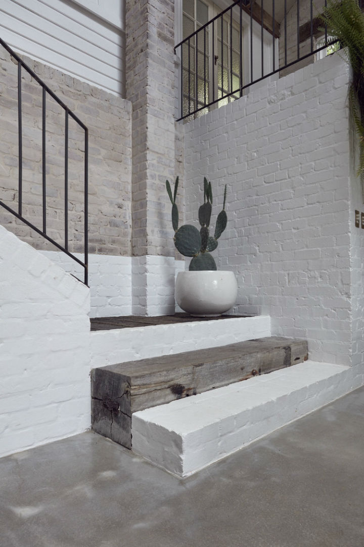 Interiors With Use of Natural Materials 8