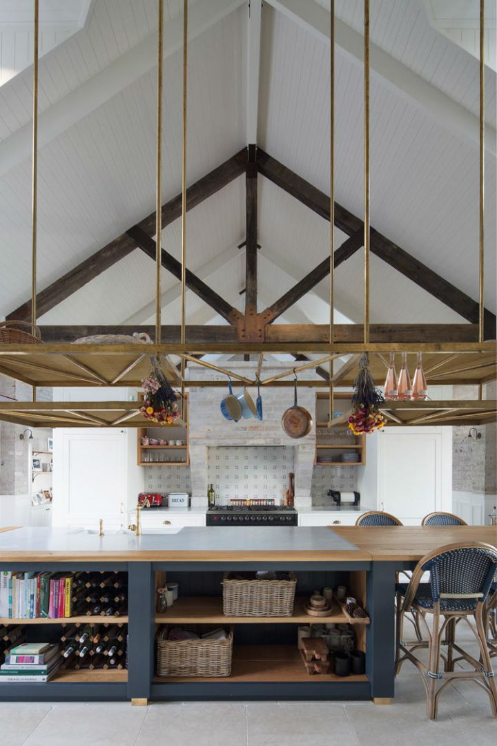 Interiors With Use of Natural Materials 22
