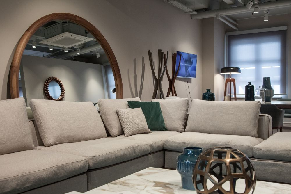 1561119206 791 40 living room inspiration ideas how and where to find it - 40 Living Room Inspiration Ideas – How And Where To Find It