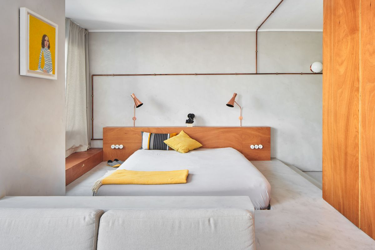 1561448118 492 this marina apartment in barcelona is the ideal city weekend apartment - This Marina Apartment in Barcelona is the Ideal City Weekend Apartment