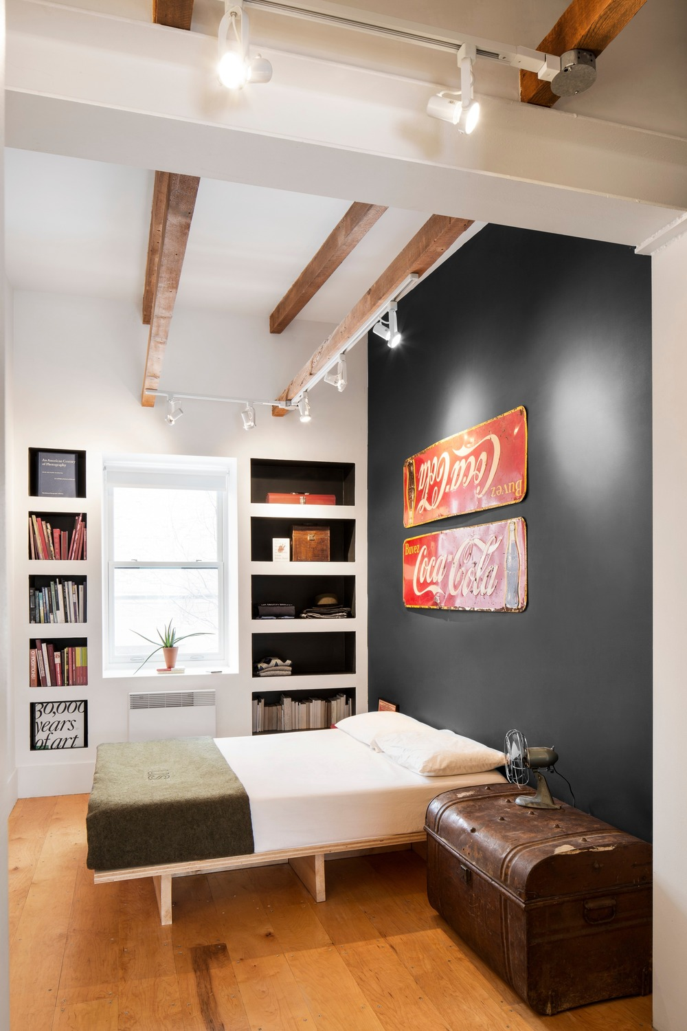 1561625248 738 modern bedroom shelves that really bring the room together - Modern Bedroom Shelves That Really Bring The Room Together