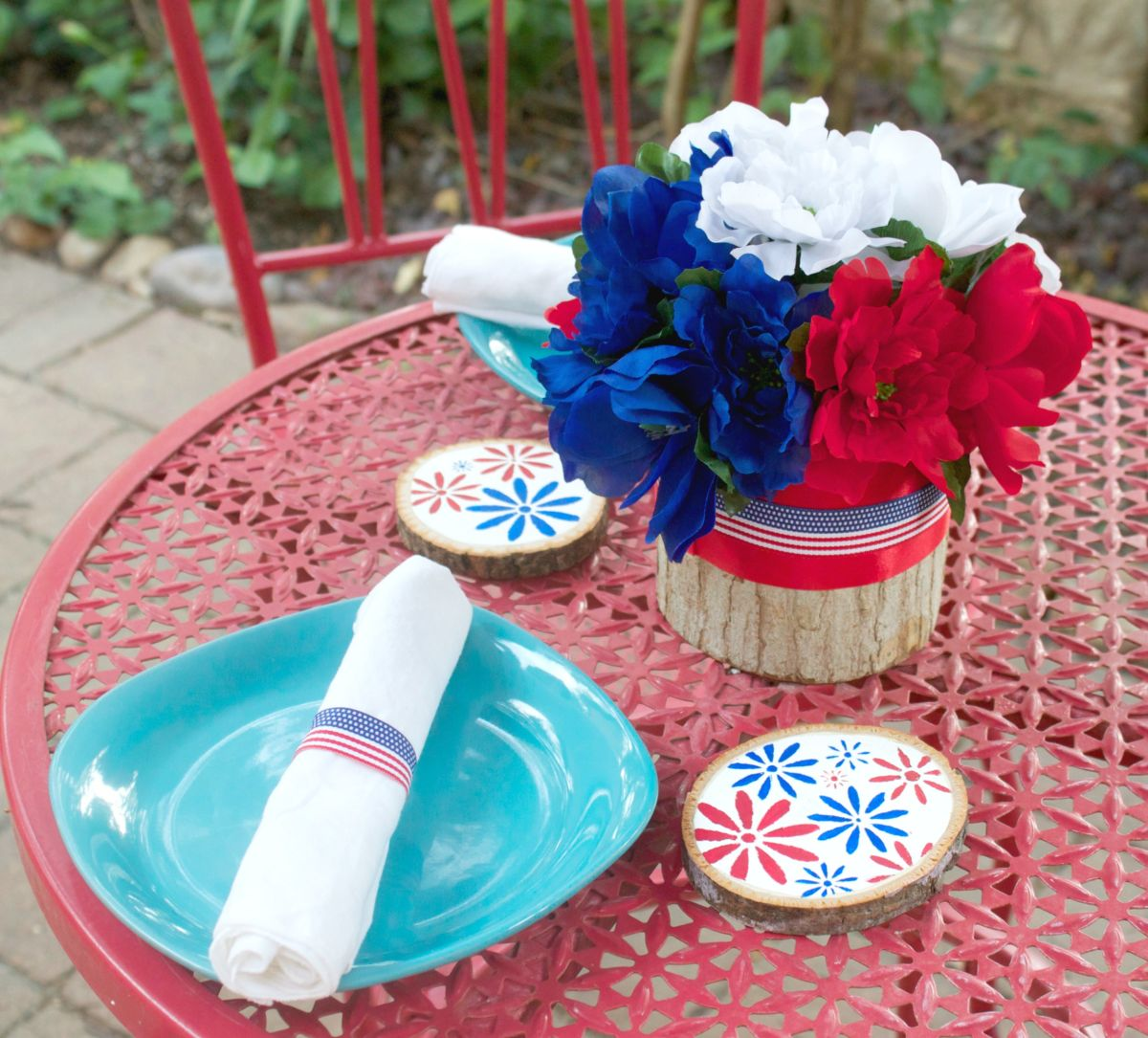 1561710202 307 4th of july decoration ideas that can transform your home in a moment - 4th of July Decoration Ideas That Can Transform Your Home In A Moment