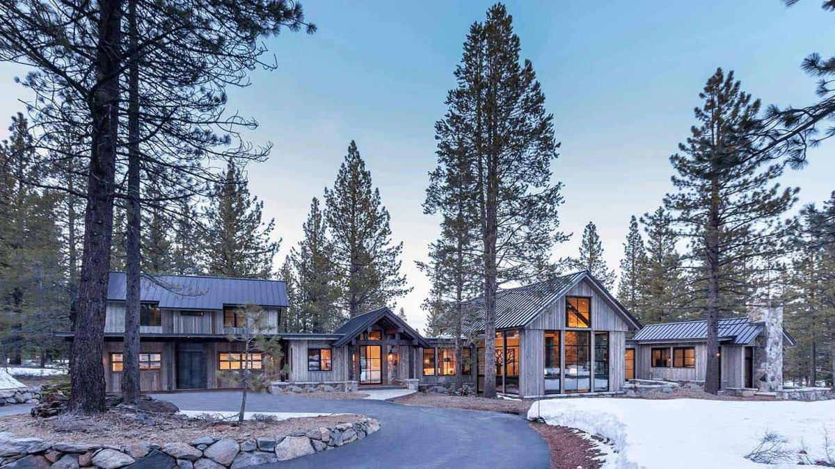cozy mountain retreat welcomes nature inside its charming rooms - Cozy Mountain Retreat Welcomes Nature Inside Its Charming Rooms