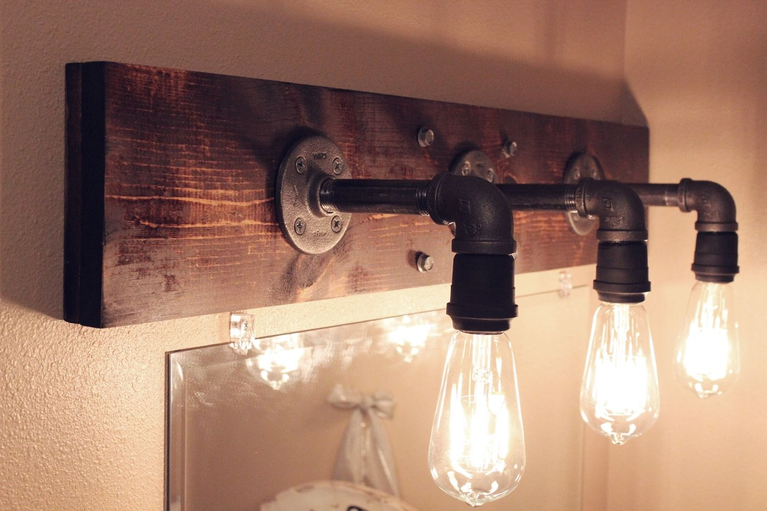 how to make your own diy industrial light fixtures right now - How To Make Your Own DIY Industrial Light Fixtures Right Now