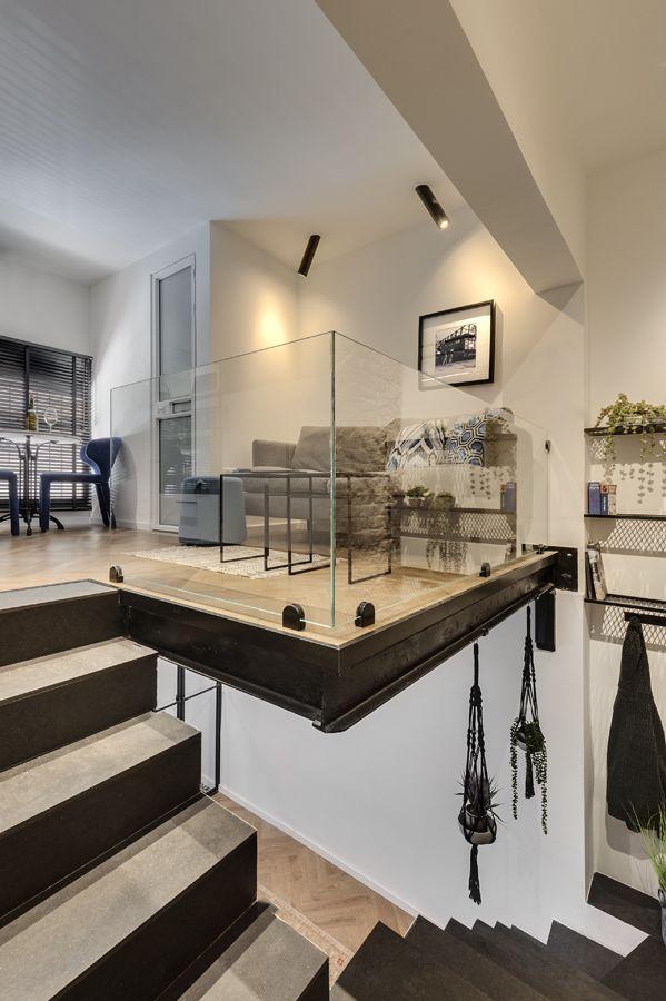 small apartment in tel aviv split into two multifunctional floors - Small Apartment In Tel Aviv Split Into Two Multifunctional Floors