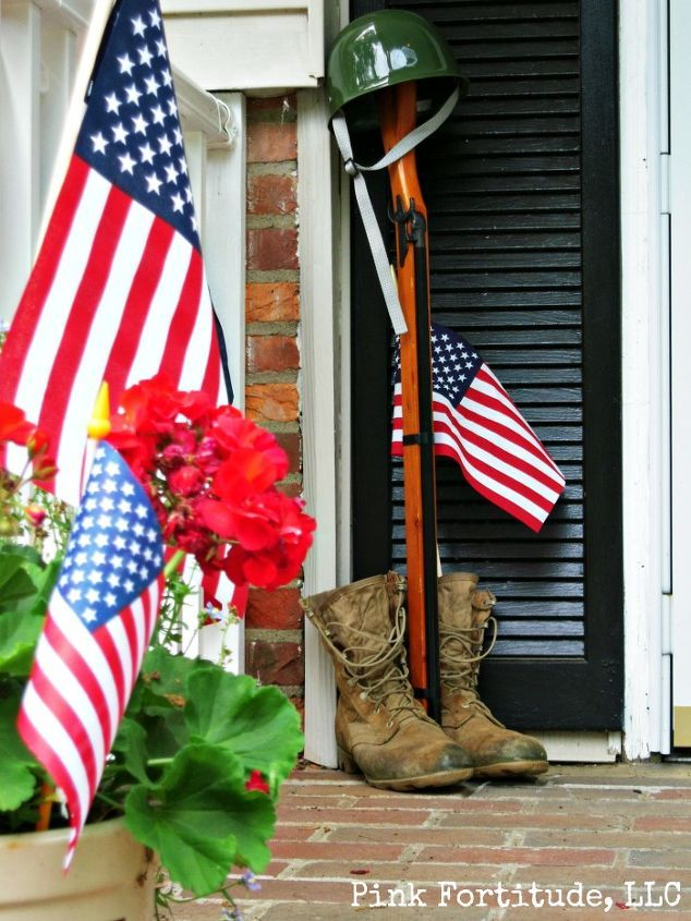 1561975322 235 10 last minute 4th of july porch decor ideas - 10 Last Minute 4th of July Porch Decor Ideas
