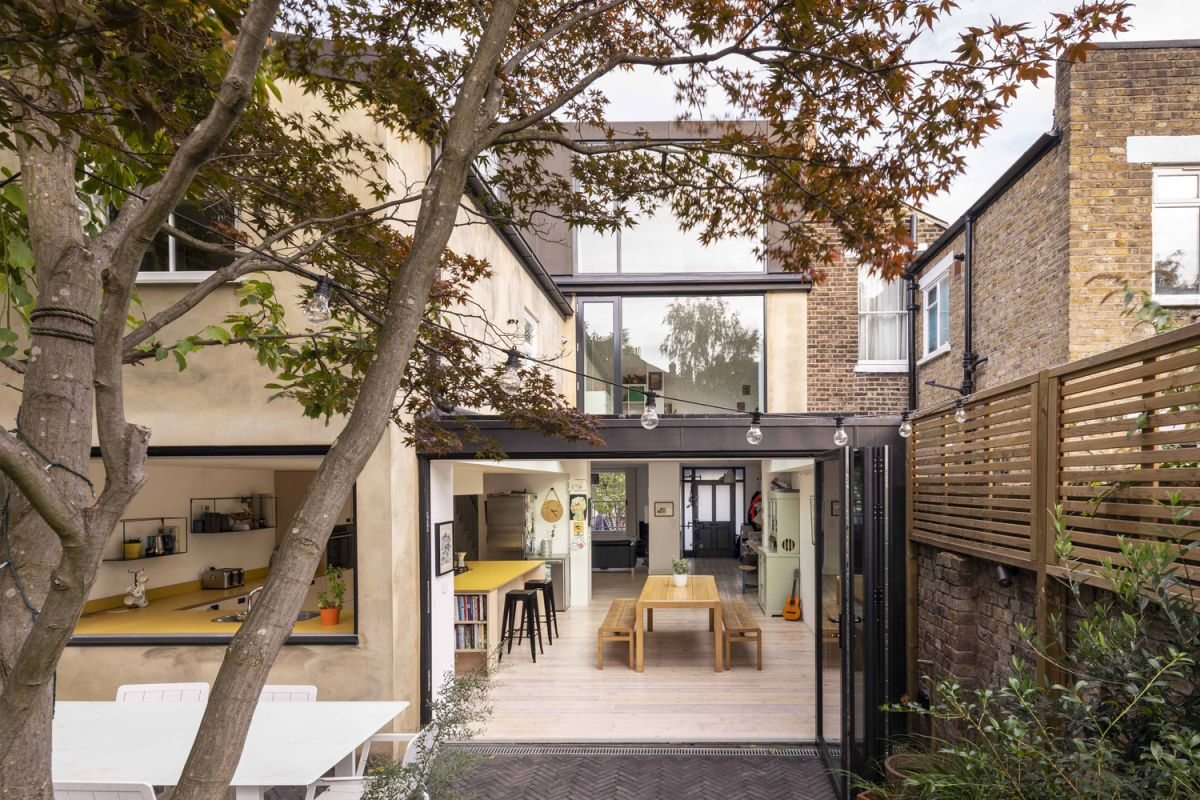 1562163597 77 london house extension with skylights and huge windows - London House Extension With Skylights And Huge Windows