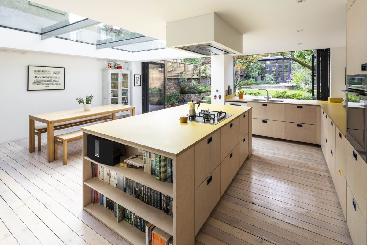 1562163598 971 london house extension with skylights and huge windows - London House Extension With Skylights And Huge Windows
