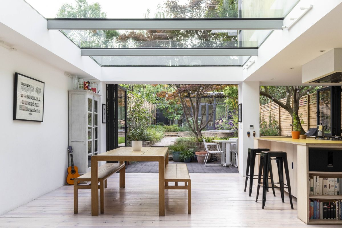 1562163598 999 london house extension with skylights and huge windows - London House Extension With Skylights And Huge Windows