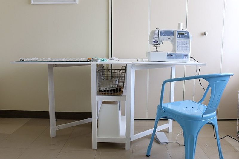 1562618322 47 20 diy craft tables and desks - 20 DIY Craft Tables and Desks
