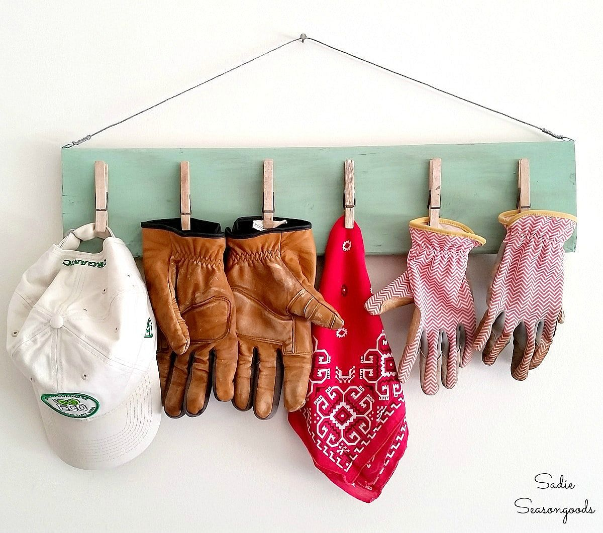 1562676627 154 25 garage organization tips and diy projects - 25 Garage Organization Tips and DIY Projects