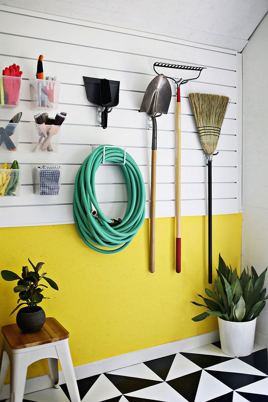 1562676627 581 25 garage organization tips and diy projects - 25 Garage Organization Tips and DIY Projects