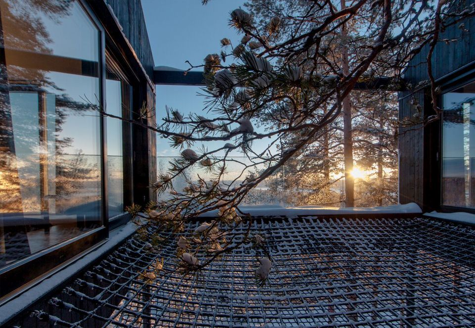 1562757768 71 15 amazing homes with nets instead of floors - 15 Amazing Homes With Nets Instead Of Floors