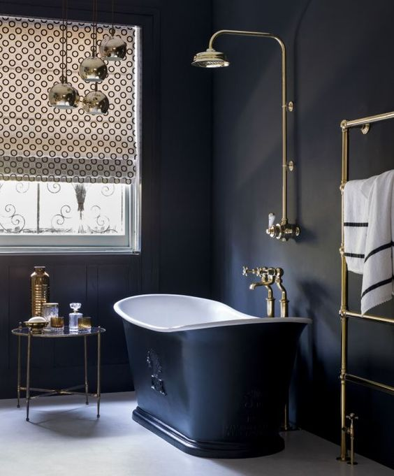 1563283319 480 how to create a victorian style bathroom with a modern touch - How to Create a Victorian Style Bathroom with a Modern Touch