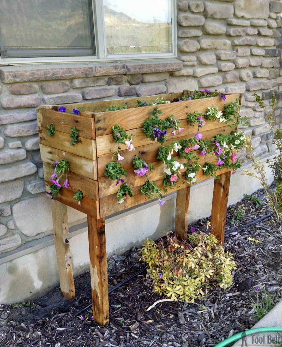 1563290188 332 27 diy flower box planters for fancy windows and beyond - 27 DIY Flower Box Planters for Fancy Windows and Beyond