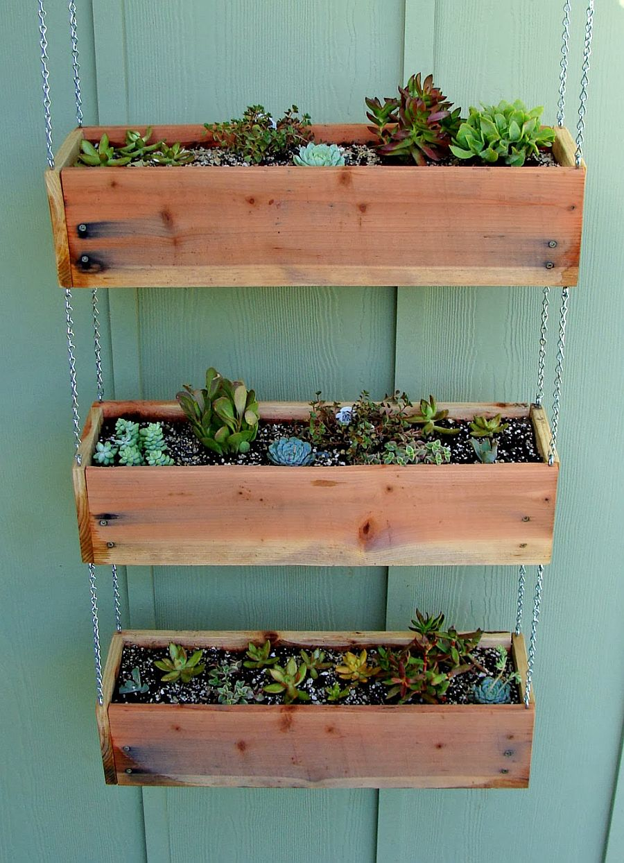 1563290188 552 27 diy flower box planters for fancy windows and beyond - 27 DIY Flower Box Planters for Fancy Windows and Beyond