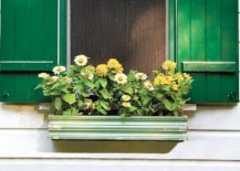 1563290188 558 27 diy flower box planters for fancy windows and beyond - 27 DIY Flower Box Planters for Fancy Windows and Beyond