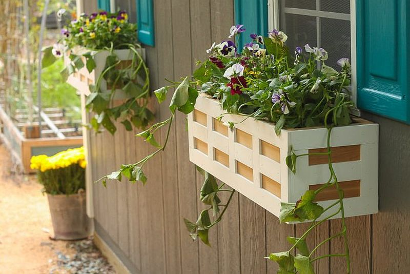 1563290188 706 27 diy flower box planters for fancy windows and beyond - 27 DIY Flower Box Planters for Fancy Windows and Beyond