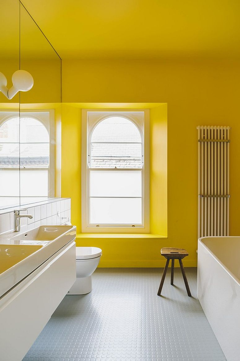 1563478668 818 25 cool bathroom color trends for summer and beyond - 25 Cool Bathroom Color Trends for Summer and Beyond