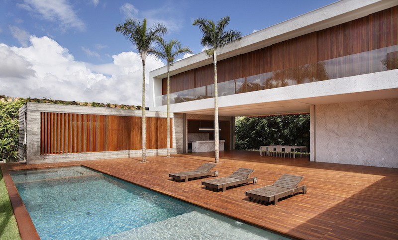 1563534934 503 35 modern house designs that look amazing from every angle - 35 Modern House Designs That Look Amazing From Every Angle