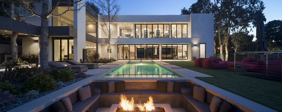 1563534934 93 35 modern house designs that look amazing from every angle - 35 Modern House Designs That Look Amazing From Every Angle
