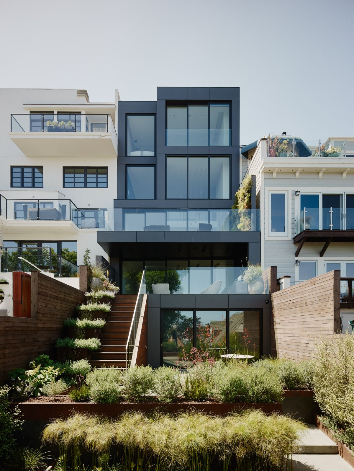 1563534934 952 35 modern house designs that look amazing from every angle - 35 Modern House Designs That Look Amazing From Every Angle