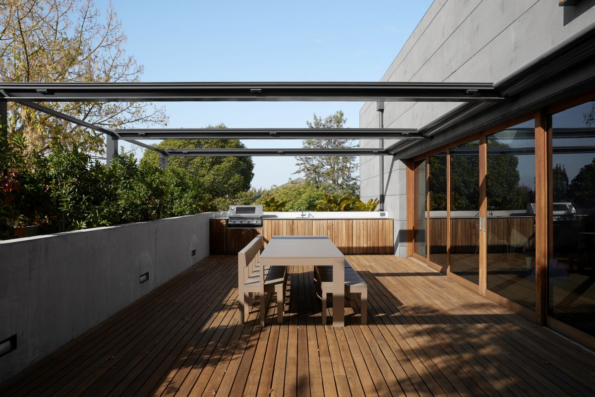 The interior spaces open onto an exterior terrace which acts as a buffer between the house and the surroundings