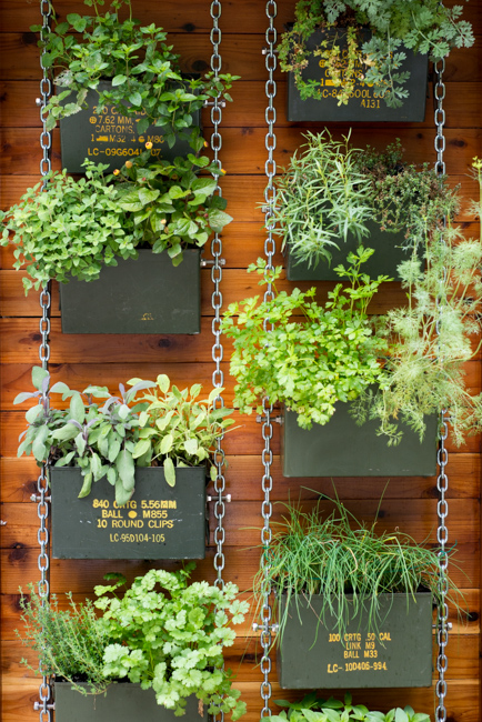 Beautiful Vertical Planter Ideas For Homes And Gardens