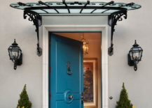 1563981778 23 right first impressions 30 trendy front doors to enliven the entry - Right First Impressions: 30 Trendy Front Doors to Enliven the Entry