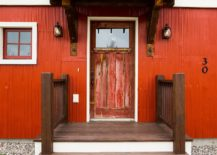 1563981778 524 right first impressions 30 trendy front doors to enliven the entry - Right First Impressions: 30 Trendy Front Doors to Enliven the Entry