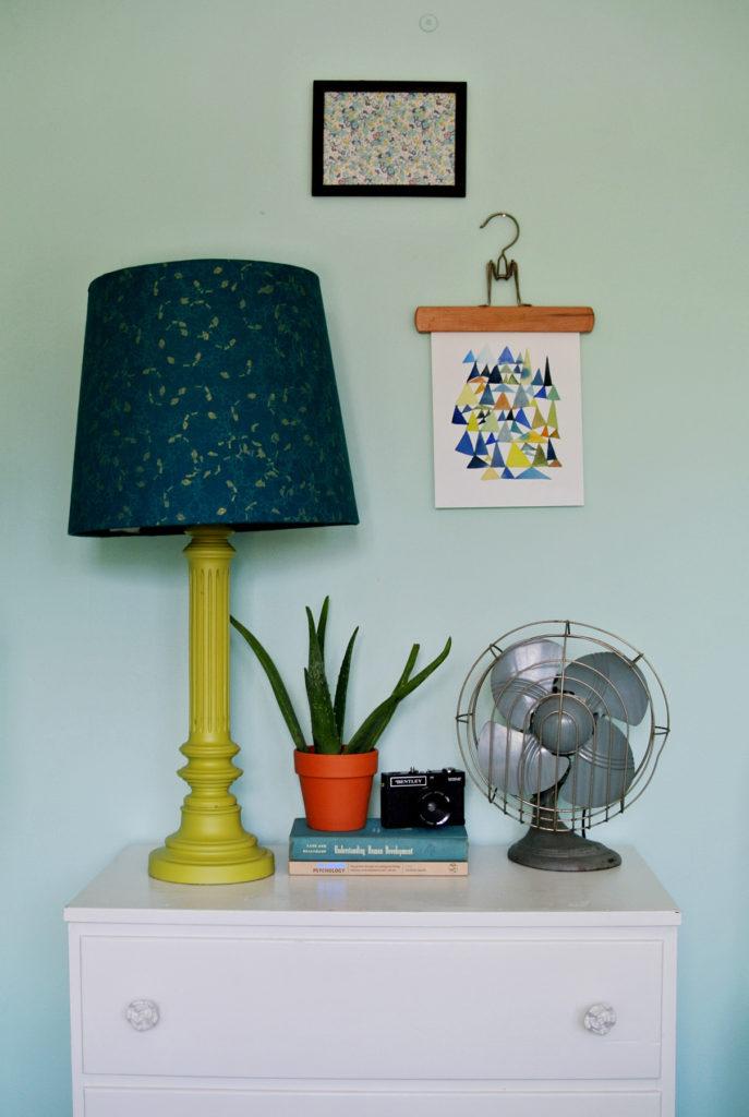 1564140060 464 35 fun and easy diy room decor ideas that wont break the bank - 35 Fun and Easy DIY Room Decor Ideas That Won't Break The Bank