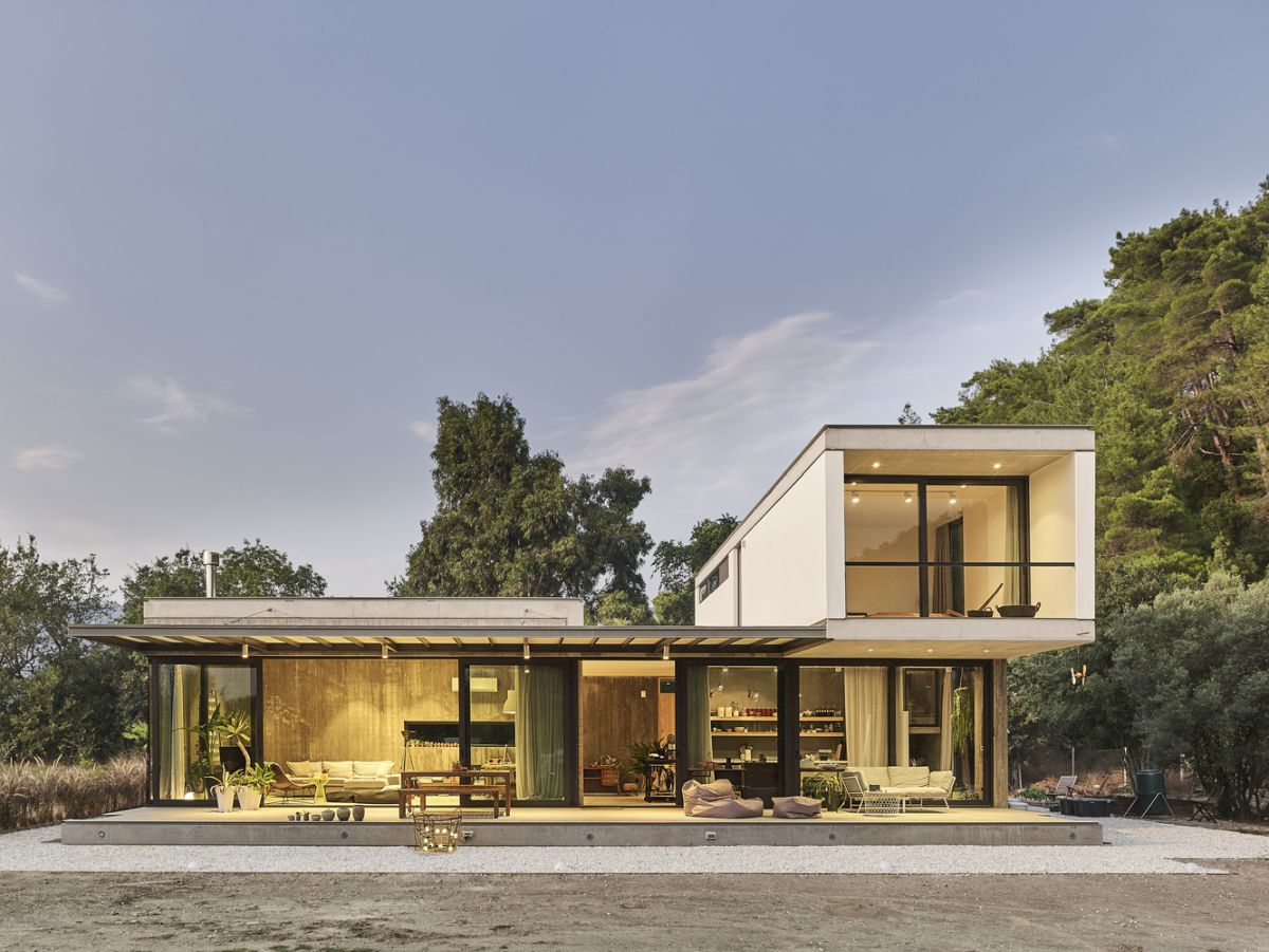 modular home with a minimal yet timeless vibe - Modular Home With A Minimal Yet Timeless Vibe