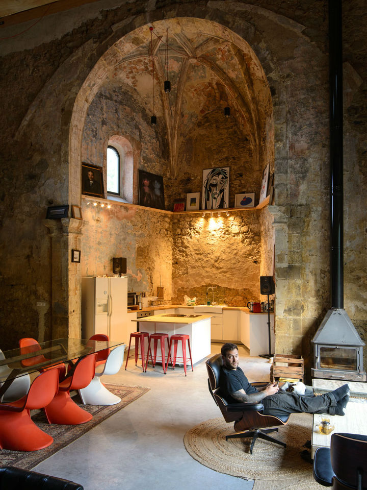 Historic Stone Church Turned Into a Modern Home 3