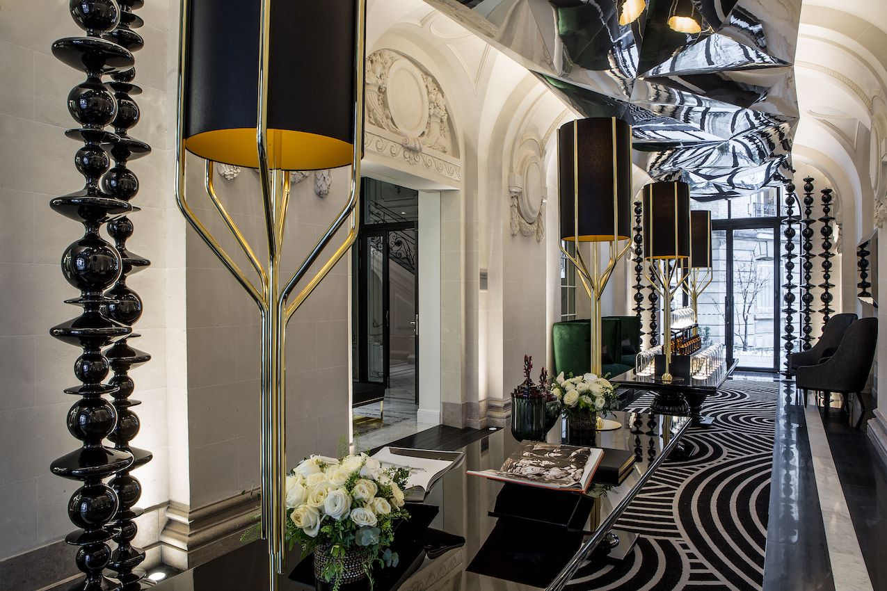 1565006610 15 luxurious paris hotel pays homage to history in a luxurious way - Luxurious Paris Hotel Pays Homage to History In a Luxurious Way